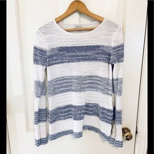 Calvin Klein knit white & blue boho long sleeve